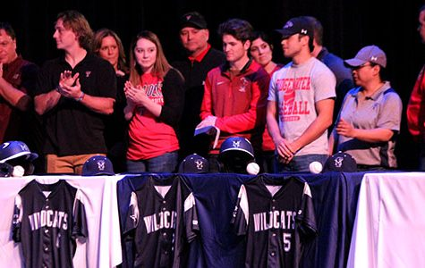 Senior Athletes Sign on to Collegiate Level