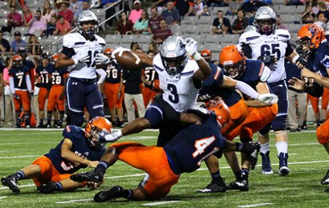 Varsity football breaks down the Bridgeland Bears