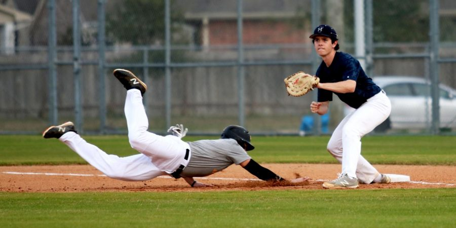 Baseball falls short in first round of 6A playoffs