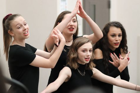 Choir goes retro for upcoming pop show