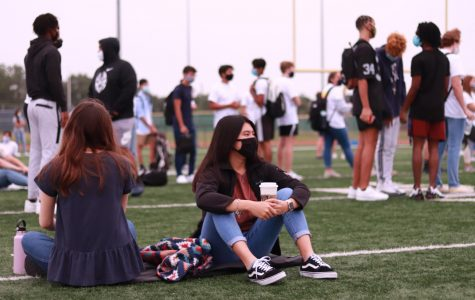 With many modifications to the school year, seniors and freshmen alike have had to adjust to modified traditions and experiences, including a modified senior sunrise.