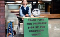 Election, directed by Alexander Payne, stars Reese Witherspoon and Matthew Broderick.